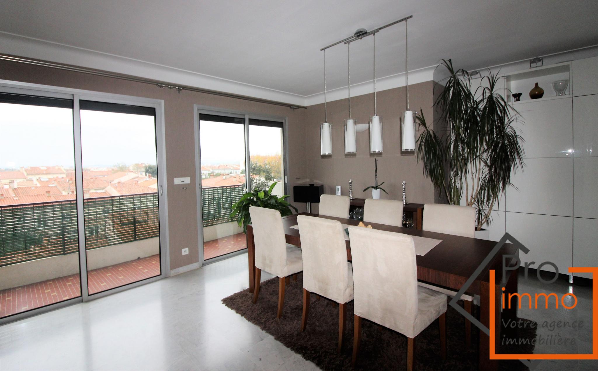Vente la lunette appartement 104 m garage for Grand garage montluconnais sas